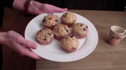 Filmpje: Recept Havermout-Bosbessen Muffins