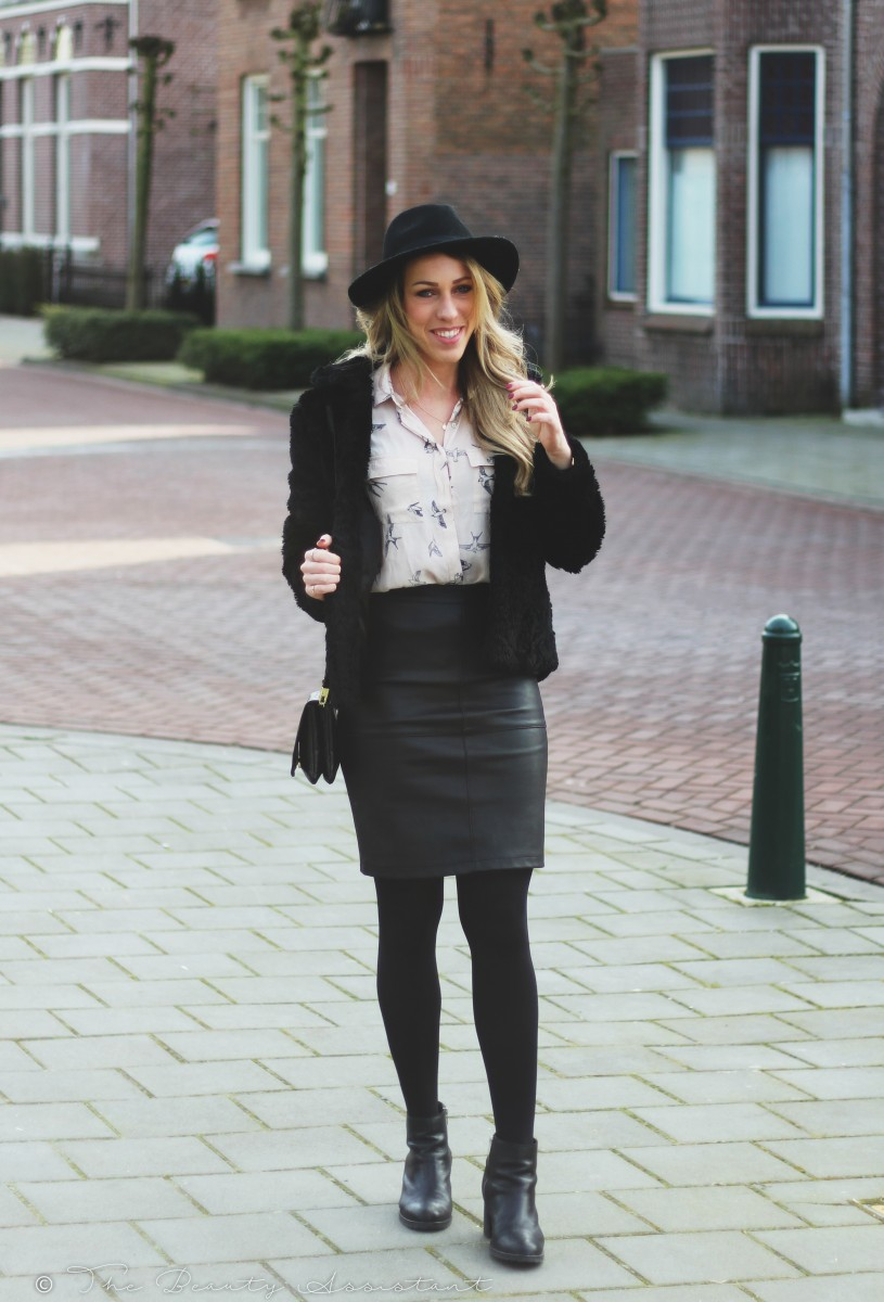 Beroemd Outfit: Leather Skirt | The Beauty Assistant #AJ94