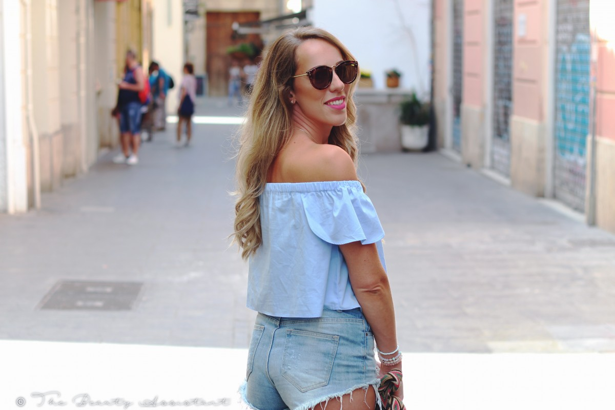 Outfit: Off Shoulder in Valencia