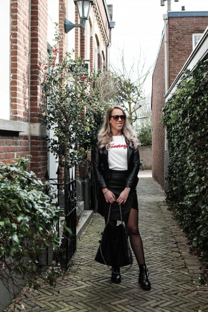 Outfit: Leather Look