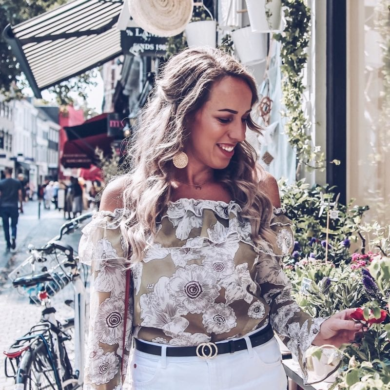 Outfit: Zomerse blouse van Lofty Manner