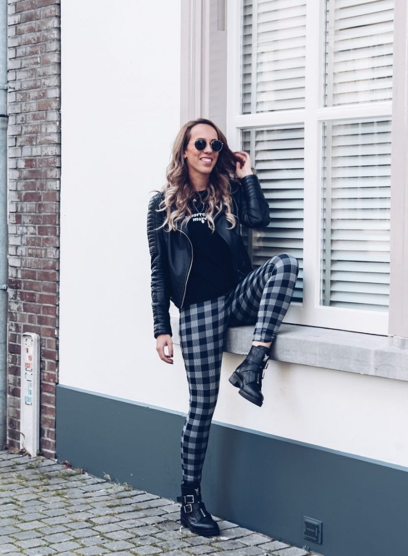 Outfit: geruite broek van Lofty Manner