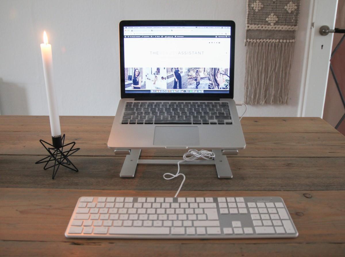 Ergonomisch werken achter een laptop
